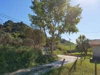 SQUILLACE Lido (CZ) località Fiasco Baldaia, porzione di villa bifamiliare al PT con ingresso indipendente e terreno annesso mq 2.500