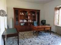 CATANZARO Centro via Chimirri, camere singole in appartamento arredato e ristrutturato mq 220