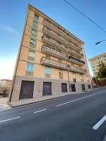 CATANZARO Centro via Vinicio Cortese,  appartamento interamente arredato mq 118 al 5P con ascensore